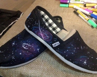 Custom galaxy theme art work on Toms