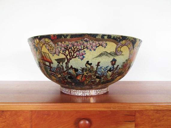 Satsuma Made In China Large Centerpiece Geisha Decorated Bowl Etsy