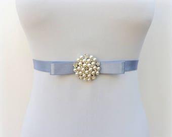 Gray bow belt. Elastic waist belt. Pearls sash belt. Bridal dress belt.