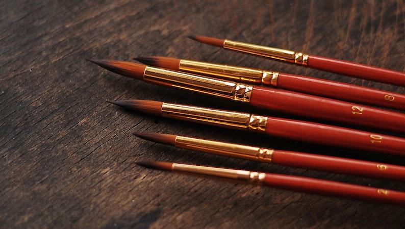 Set of  6 pointy paint brushes   sizes  2 4 6 8 10 12   image 0