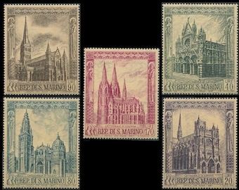 Large Vintage Postage Stamps / 1967 San Marino Gothic Cathedrals / Famous European Architecture / Exquisite Illustrations for Arts + Crafts