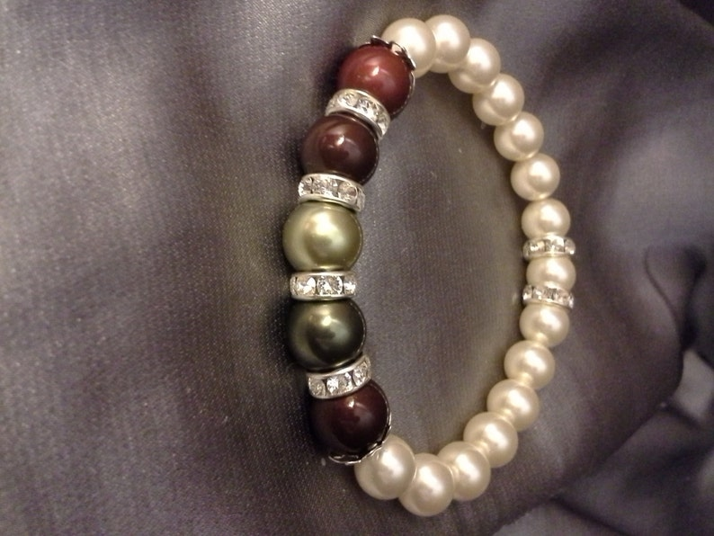 Pearl and Crystal Custom Birthstone Mother's Bracelet image 0