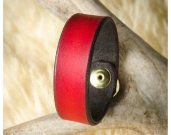 """Cherry leather cuff - 7"""" wearable size"""