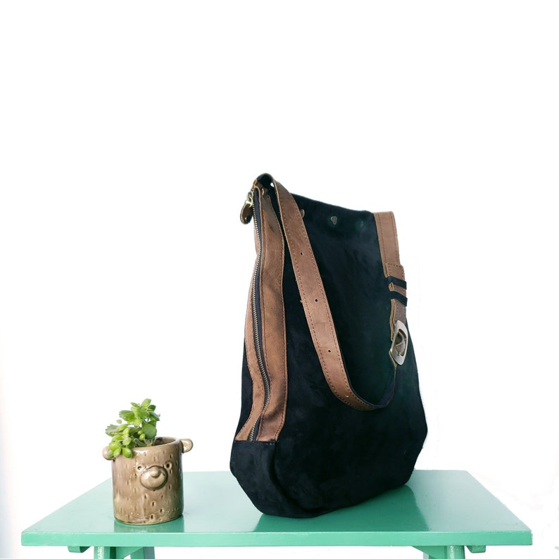 Goccia genuine leather handbags / shoulder bag image 0
