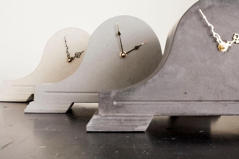 Béton pendule horloge «Levina» dans le choix des couleurs