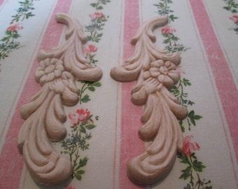 Wood applique Floral swirl