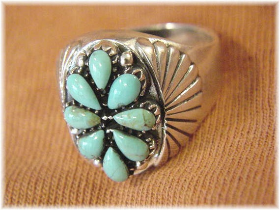 Size 14 Thumb Ring Needlepoint Petit Point Native American Concho Indian FREE SHIPPING Kingman Turquoise Sterling Silver Zuni Ring