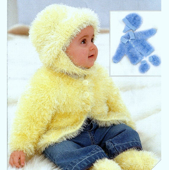 211 DK KNITTING PATTERN DRESS BONNET AND BOOTEES COAT