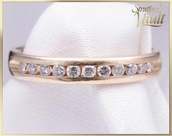 Vintage ~ Ladies Diamond Wedding Band ~ 14k Yellow Gold Setting ~ 0.33ctw Channel Set Brilliant Cut I/I1 Diamonds ~ STR21115