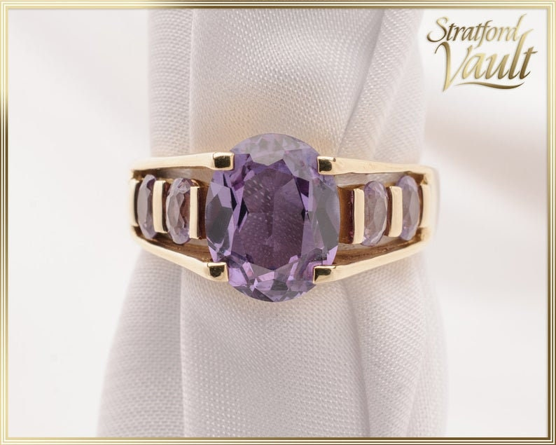 Lab Alexandrite Right Hand Ring  3.35ct Oval Synthetic image 0