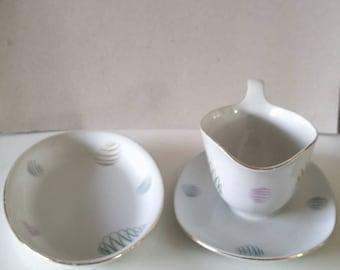 Vintage Kahla Sauce bowl and plate