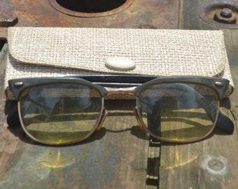 ecef8111964 Vintage Reading glasses Spectacles 1960 s Black rim white case