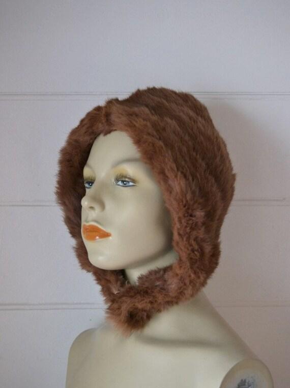 Vintage brown ladies / womens fur hat   1920s to 1