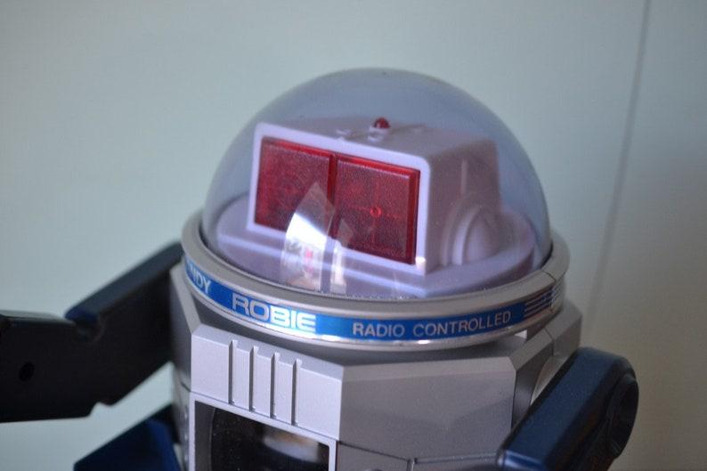 Vintage Talking Robie robot complete working 1987 LYLBT2