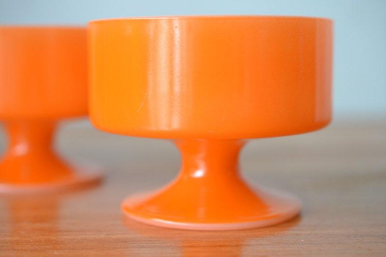 Vintage dessert bowls cups orange USA ramekins pyrex ramekins