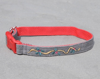 Custom Made Christmas Holiday Ribbon Eco-Friendly Re-purposed Denim Collar for the Love of Small, Medium and Large Dogs and the Environment