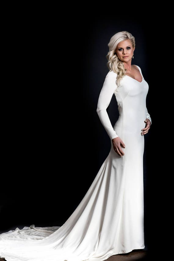 Minimalist Gown Simple Wedding Gown Silk Wedding Gown Plain Wedding Dress Sleek Wedding Gown Eco Wedding Dress Sustainable