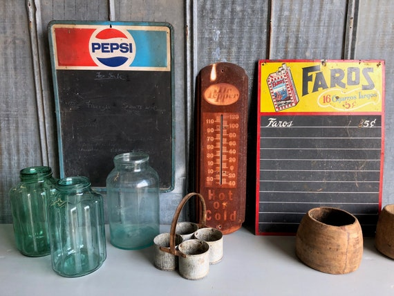 A Pair of Pepsi /& Dr Pepper Menu Board Table Tent holders!