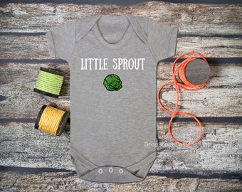 Little Sprout  - Cute Christmas Babygrow / Vest / all in one / bodysuit - Baby / Xmas / Gift / Present / Glitter
