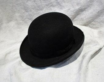 2bcd0423dc0 Antique bowler hat