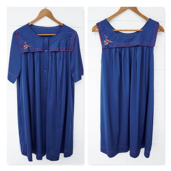 Shadowline Size Medium/Large Gown Set // Sleepwear