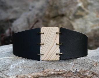 Unique wood choker, wooden pendant necklace, designer necklace, collar choker, leather choker, wearable nature, wooden rectangle pendant