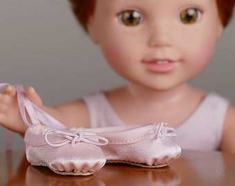 L&P #1075: Ballet Slippers Pattern for 14 1/2 Inch Dolls — ultra-realistic dance shoes that are easy to make too!