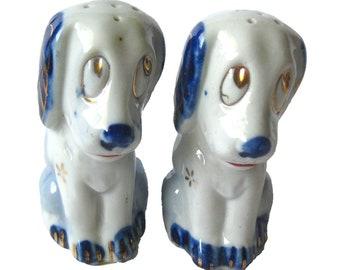 Vintage Big Eyed Dog Salt and Pepper Shakers, Vintage Kitchen, Vintage Decor, Retro Decor, Puppy Dog Shaker Set, Housewarming Gift, Fun Gift