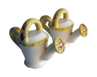 Vintage Watering Can Salt & Pepper Shakers, Vintage Shaker Set Dinner Table Shakers Tableware FREE SHIPPING, Dining Table, Housewarming Gift
