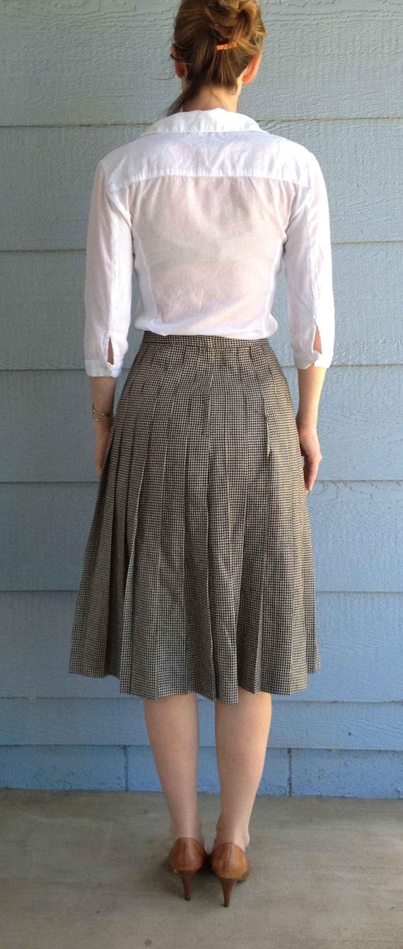 Vintage 50s Wool Black and White Plaid Pattern Sk… - image 3