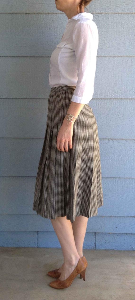 Vintage 50s Wool Black and White Plaid Pattern Sk… - image 4