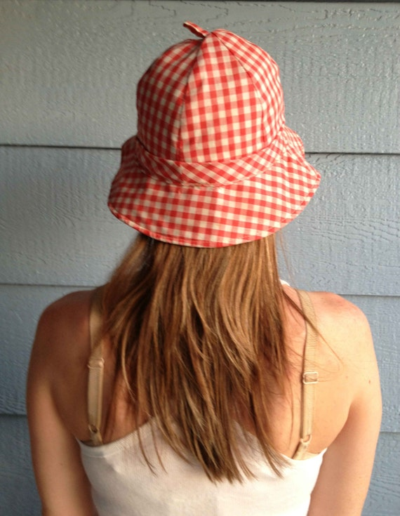 Vintage 50s Red and White Checked hat // Happy Cap