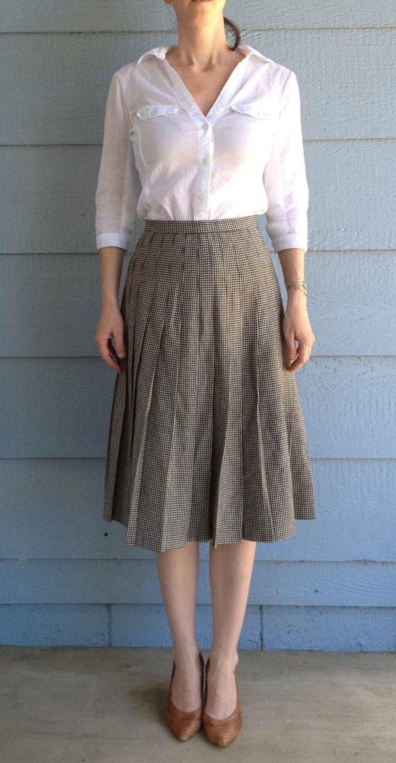 Vintage 50s Wool Black and White Plaid Pattern Sk… - image 2