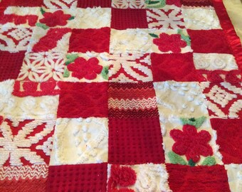 Vintage Chenille Baby Quilt / Blanket Throw