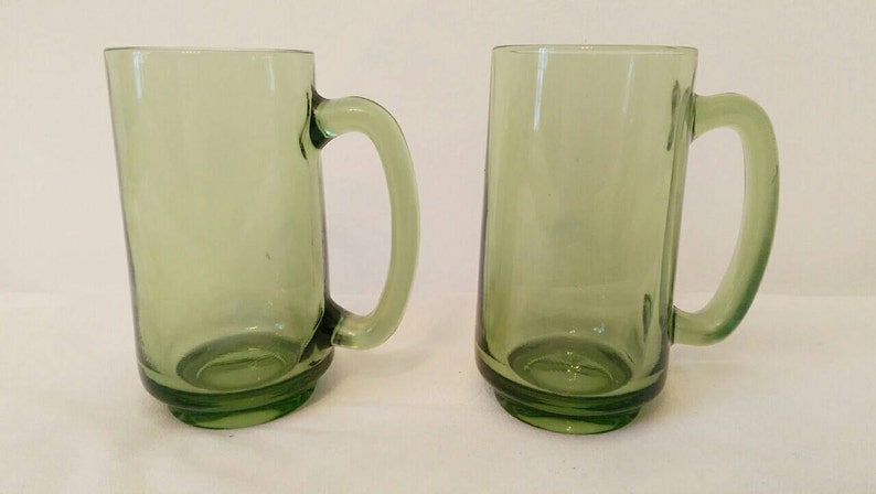 Glass Beer Mugs - Green Glass - Continental Can Company - Beer Mugs -  Barware - Drinks - Vintage Glasses - Hipster Glasses - Hipster Mugs