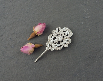 Vintage Style Wedding Hair Grip perfect for a bride or bridesmaid. A pretty crystal hair accessory clip to style in your bridal Hair.