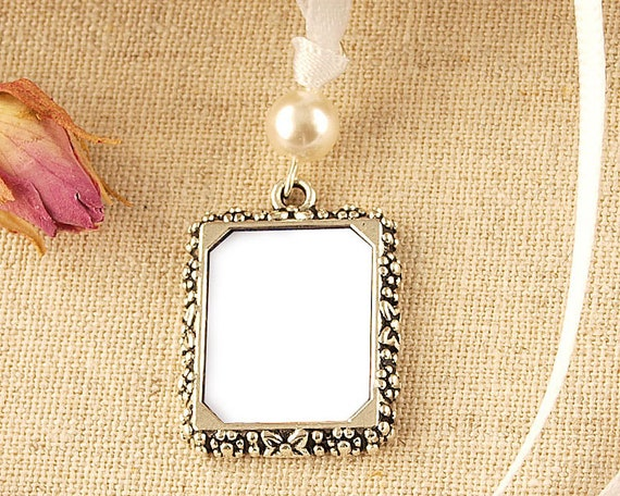 Pearl Wedding Bouquet Photo Frame Charm Vintage Style Etsy