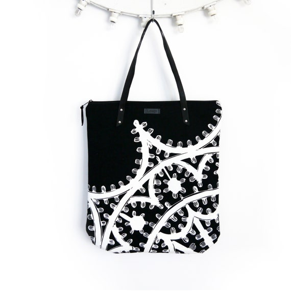 "Canvas shopping bag ""Leggera"", black and white, graphic ligth canvas tote bag"