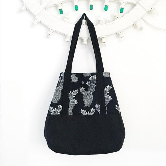 Reversible tote bag black and white, graphic CACTUS, vegan bag, big bag, beach bag, summer bag