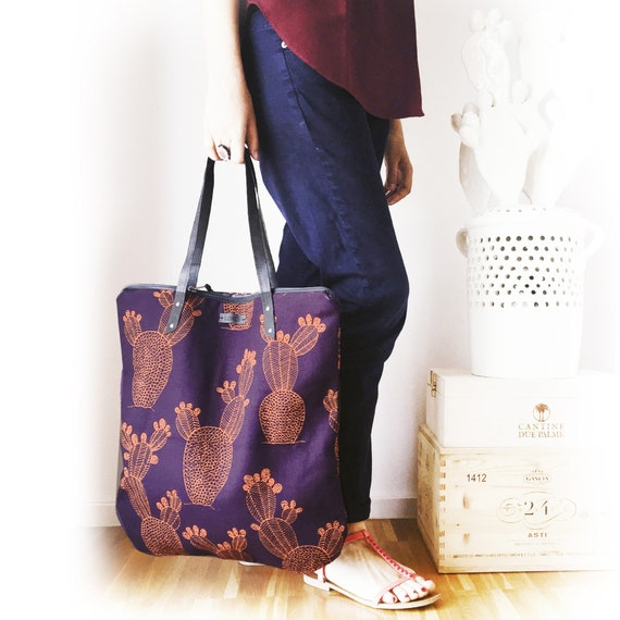 "Canvas shopping bag ""Leggera"", eggplant purple bag, purple and flame pantone,  vegan bag, ""Luminarie"" bag"