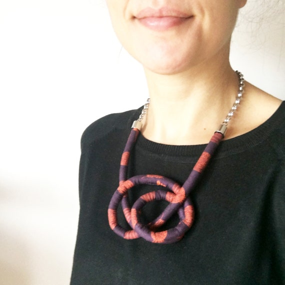 Knots fabric necklace, purple and orange necklace, handmade textile earring, original fabric