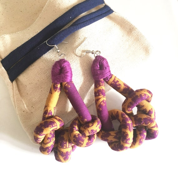 "Knots fabric earrings, handmade textile earring, graphic ""Luminarie"""