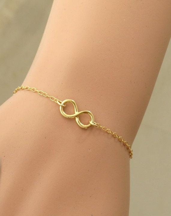 Gold Infinity Charm Bracelet Gold Filled Infinity Bracelet Gold Layering Bracelet Minimalist Simple Gold Infinity Bracelet