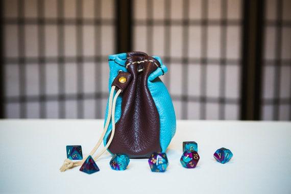 Bleu ciel et marron Arlequin - sac en cuir à quatre faces dés