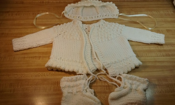 fc4697361 White Baby Girl Outfit Layette Knitted Baby Set Cardigan