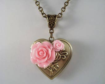 Heart Locket Pink Rose Valentine's Day Gift