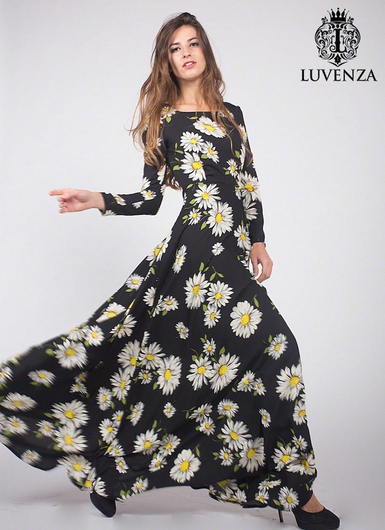8ab847670 Black Daisy Floral Maxi Dress with Long Sleeves Black Maxi | Etsy