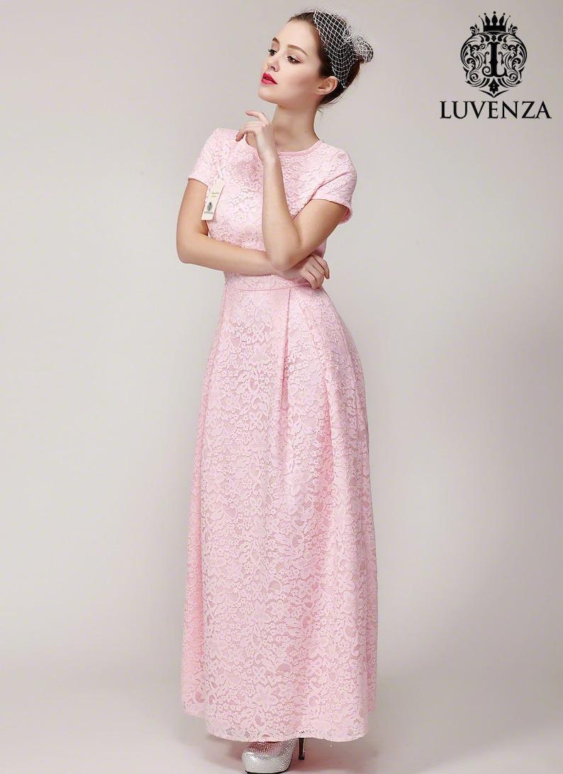ee1cb742f8 Różowa Koronkowa sukienka maxi z krótkim rękawem-koronkowa