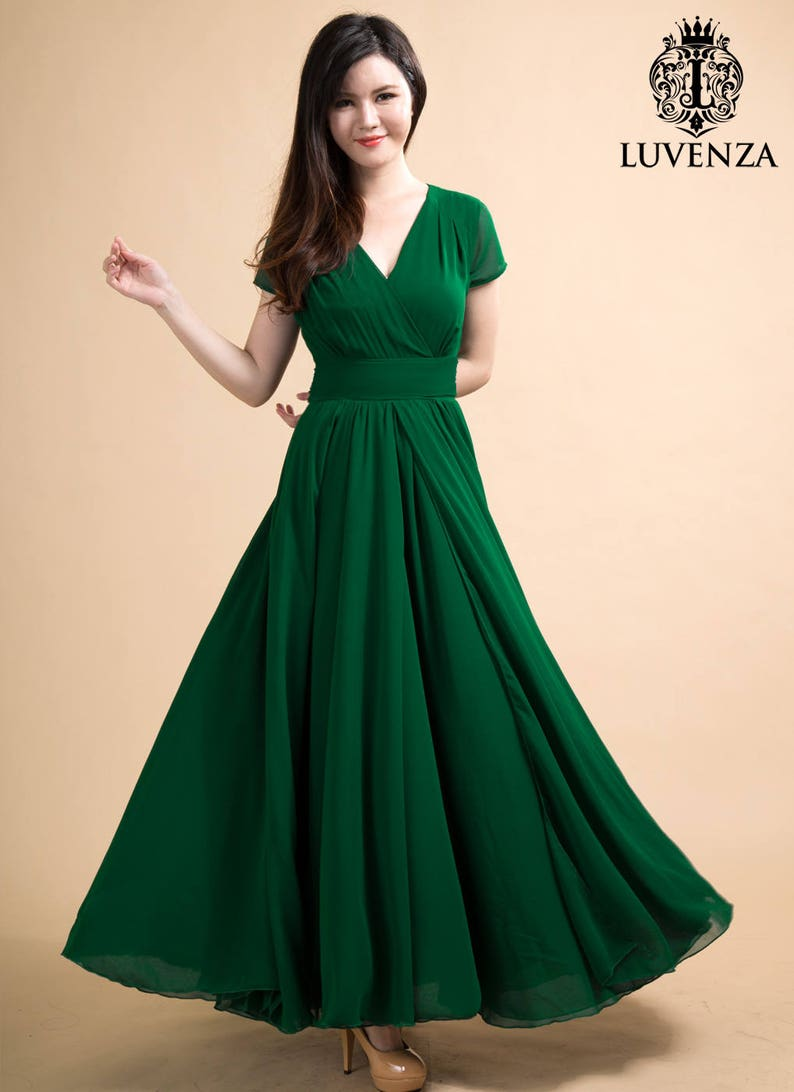 b4f028ab5 V Neck Green Maxi Dress with Faux Surplice Bodice   Waist Yoke