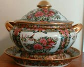 Beautiful Chinese Famille Rose Medallion Soup Tureen with Underplate Mark Honoring Emporer Qianlong - Beautiful